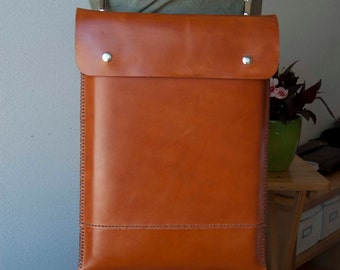 MacBook Air bag, MacBook Air 11 bag, MacBook Air 11 case, 13 MaBook Air bag, MacBook Air 13 sleeve, pocket and strap, brown leather