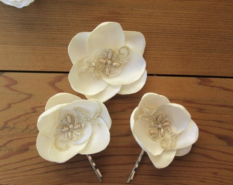 Fabric flower bobby pins, ivory and gold flower hair accessories, Bridal hair pins, wedding party hair accessory