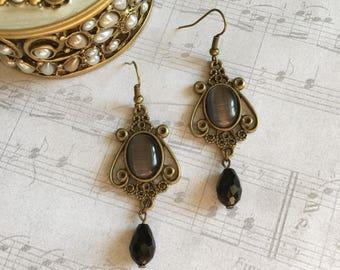 Black Vintage Earrings, Black Vintage Jewelry, Black Earrings, Black Jewelry, Vintage Style Earrings, Vintage Style Jewelry