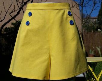 Vintage style yellow sailor shorts