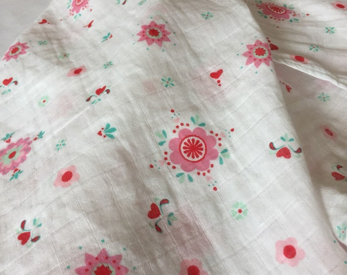 Gorgeous floral Double gauze swaddle, Muslin swaddle, swaddle blanket, newborn, light weight breathable baby blanket 45x45 ready to  ship