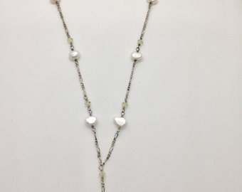 necklace; simple and elegant pearl pendant