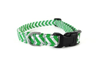 Green and silver chevron dog collar, green dog collar, chevron collar, cute dog collar, green zigzag collar