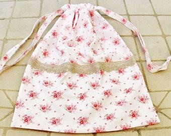 Laundry bag drawstring shoe bag gym bag baby shower gift bag nursery bag gift pouch string roses red white vintage cotton sand linen ribbon