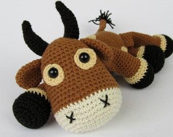 Bull Boris - Amigurumi Crochet Pattern / PDF e-Book / Stuffed Animal Tutorial