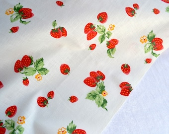 Vintage Fabric - Strawberry Blossoms - Woven Cotton Broadcloth - One Yard