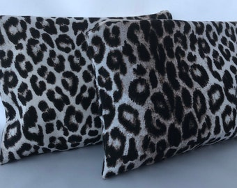 Leopard clutch with wristlet / Wristlet clutch / Leopard print clutch purse / Wristlet / Clutch purse / Animal print clutch / Pouch