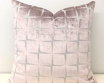 Luxury Powder Pink Velvet Pillow Cover, Pink Pillow, Velvet Pillow, Designer Pillows, Decorative Throw Pillow, Velvet Cushion,Velvet Pillows