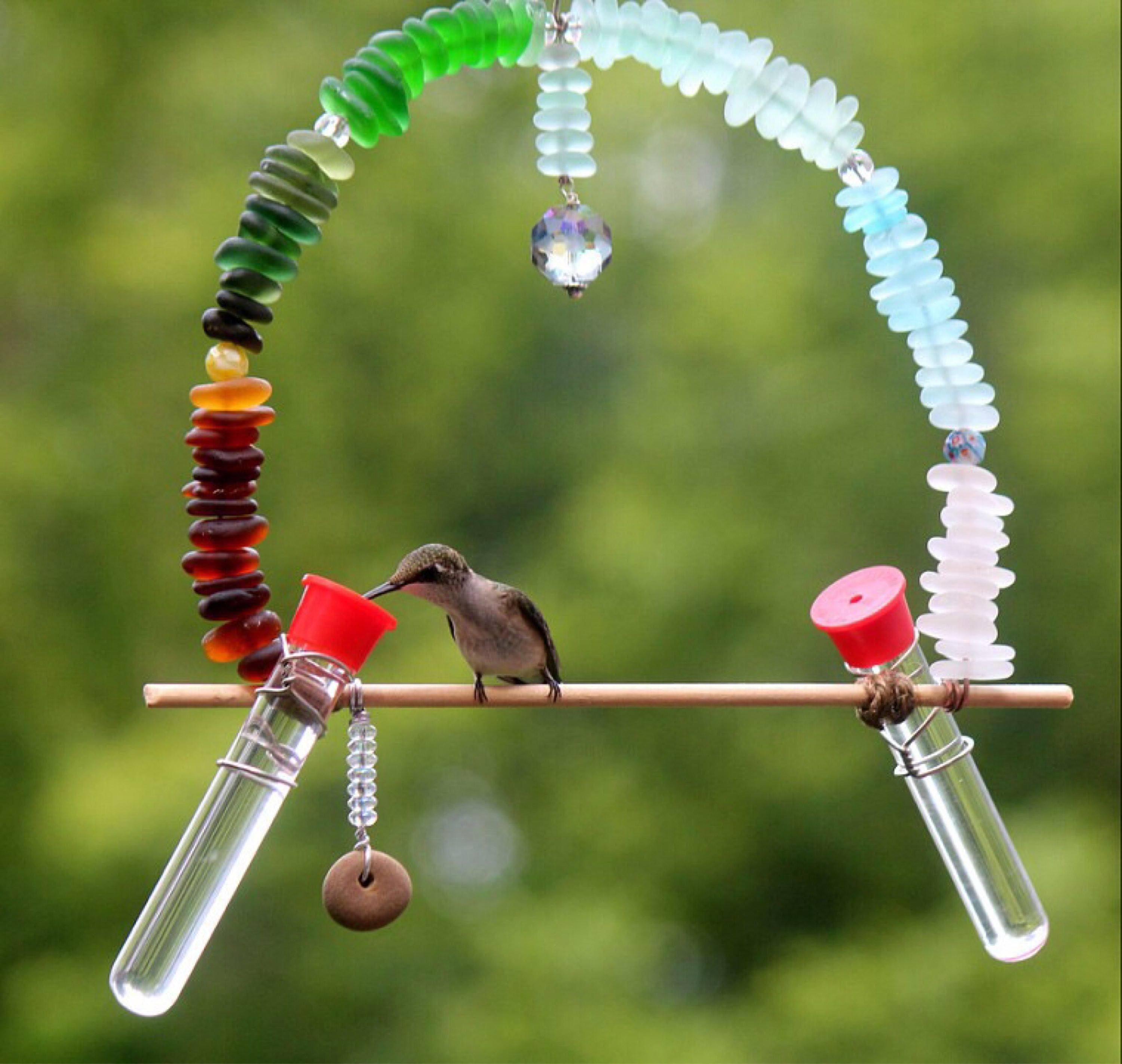 round hummers like attracts hummingbirds we hummingbird feeders decorative love glass crazy products feeder
