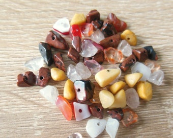 Set of 30 gemstone beads