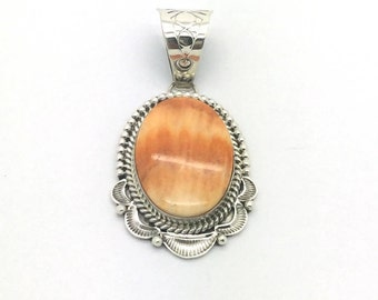 Handmade Native American, Sterling Silver, Navajo Spiney Oyster Pendant.