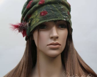 "Green and Burgundy woman Hat handmade felt and silk ""The legend of Broceliande..."""