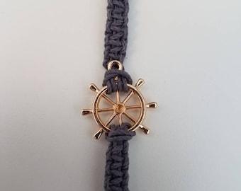 Hemp bracelet with ships wheel