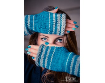Fingerless Gloves, Knit Texting Gloves, Women's Gloves in Gray and Teal, Knit Arm Warmers, Knit Fashion, Boho Chic Gloves, Handknit Gift