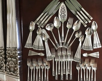 Oneida Community Coronation Silverware Set, POLISHED service for 8, silver chest, 78 Piece set, Mothers Day gift, gift for her, Wedding gift