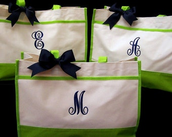 Set of 3 Personalized Bridesmaid Bags Bridesmaid Tote Bags Monogrammed Gifts Tote Bags for Bridesmaid Gifts