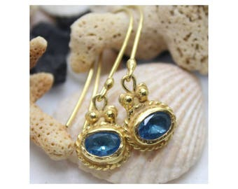 Gold and Blue Topaz Earrings brushed - plated gold 750/000 - after the beach