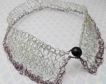 Knit Metal Wire Peter Pan Collar - Silver & Burgundy