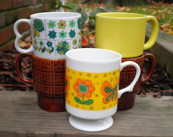 Vintage Flowers and Butterflies + Opaque Yellow & Brown Funky Flowers Coffee Mugs / Cups, 5 Lot 1950s to 1960s Retro Mug Collection Gift Set