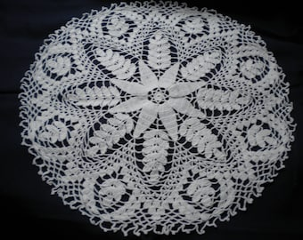 HANDMADE LACE DOILY ROUND WHITE CROCHET COTTON