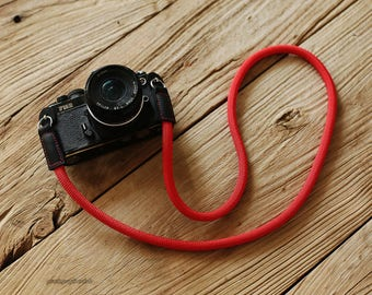 Black leather Pure red Climbing rope 10mm handmade Camera neck strap