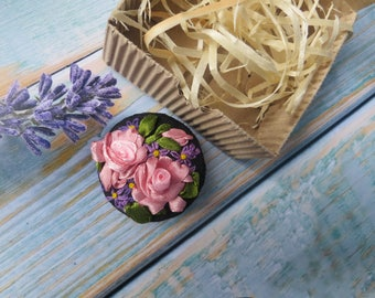 Unusual button Embroidered buttons Handmade button pin Custom buttons Personalized buttons Flower pin Fabric covered button designer