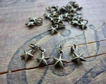 Charm Star Charm Small Antiqued Brass Puffy Star Charm (6)