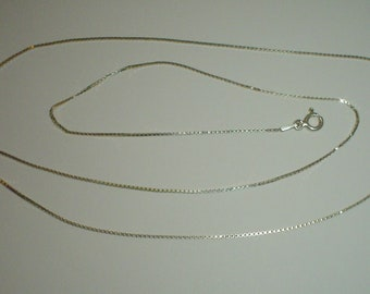 Silver necklace sterling box chain 22.5 inches 57 cm vintage  [CH11]