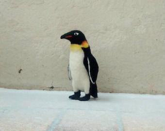 Felted Penguin, bird sculpture, decoration, realistic, gefilztes animal, felt, character, animal, doll, Zoo animal, Zoo