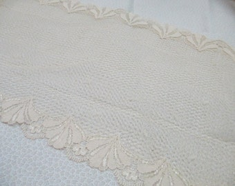 Vintage beige lace  1 yards 29 inches and 7 inch wide double edged