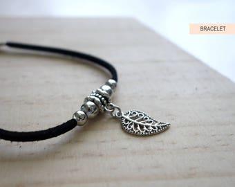 Minimalist Leaf Bracelet, Leaf Motif, Silver Leaf Bracelet, Autumn Bracelet, Fall Jewelry (BS022)