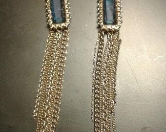 Blue Stone Lightweight  Goldtone Vintage Style Earrings