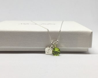 Personalised peridot necklace, 925 sterling silver peridot pendant, initial charm necklace, august birthstone necklace, natural peridot