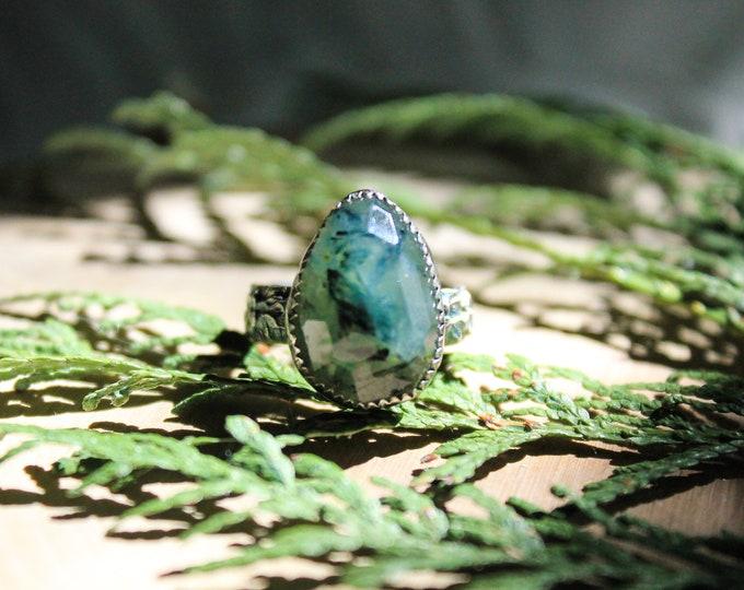 Prehnite Sterling Ring Size 6 3/4