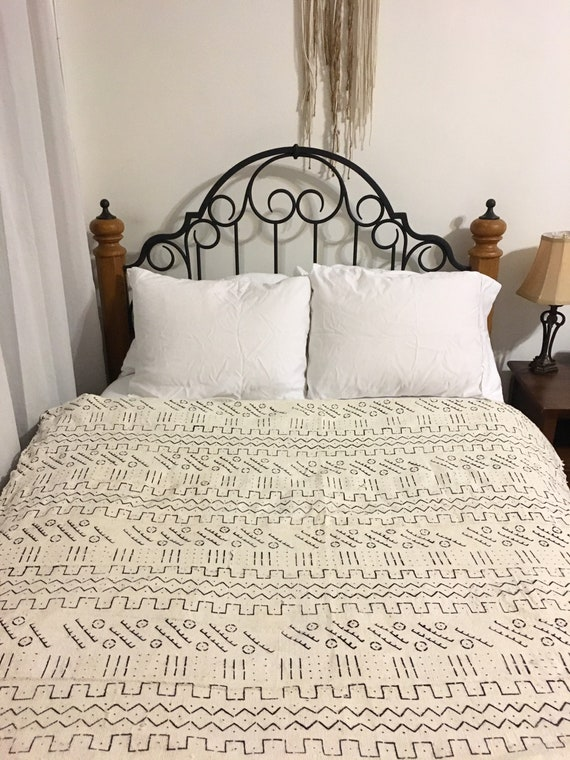 Sale** White Black Cream Tribal Print Mudcloth Throw Blanket Handwoven Fabric Textile Bohemian Wall Hanging Tablecloth Tapestry by Etsy