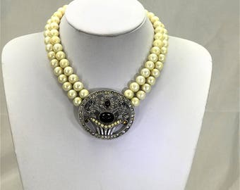 Beautiful Vintage Faux Pearl & Paste set Choker / Necklace Signed Richelieu. 1960's