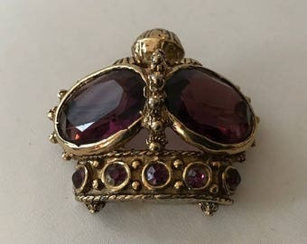 Vintage ACCESSOCRAFT NYC Crown Brooch/Pin with purple stones