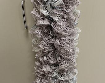 Sashay ruffle scarf- gray/silver/white