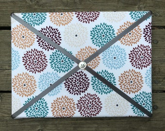 Light Floral Fabric Board w/ Dark Grey Ribbon (SC)