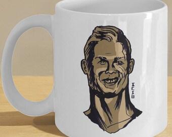 Ronaldo Statue Meme Mug Bust Gifts - Funny Soccer Art, Football Fan Coffee Cup