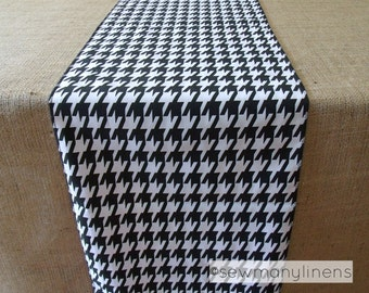 Black and White Houndstooth Table Runner Linens Table Centerpiece Home Decor Retro Vintage Check Patterned Runner