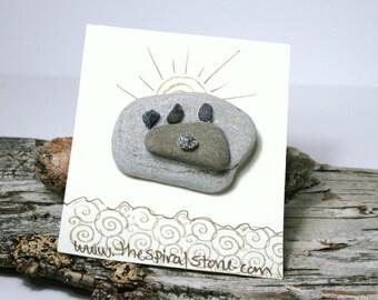 Beach Stone Pin - Assemblage Beach Pebbles