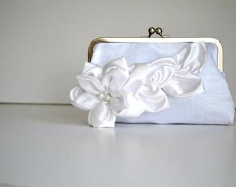 Bridal Wedding Clutch,  White Purse  Bridal Accessories , Bridesmaids  floral clutches, Flower Bridal  Satin Clutch, Bridesmaid wedding gift