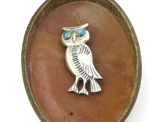 Vintage Navajo Style Owl Brooch w/ Turquoise Eyes