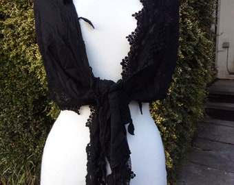 Vintage black shawl