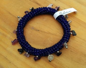 """Ndeblele bead-woven """"Charming"""" Bracelet, Translucent Purple with Amethyst chips and silver accents"""