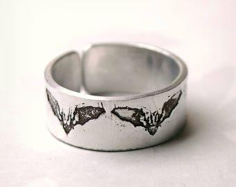 Bat Ring, adjustable Bat ring, Gothic bat, Halloween jewellery, Aluminium ring, bat jewelry, embossed fashion ring, nickel free ring,
