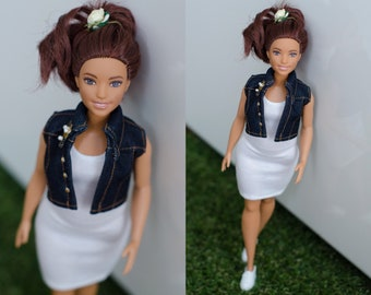 Barbie clothes / Curvy Barbie clothes / curvy Barbie jacket / curvy Barbie denim jacket / Fashionistas barbie clothes / curvy barbie gilet