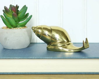 Brass Snail, Small Vintage Snail, Mollusk, Brass Bug, Indoor Garden Decor, Accents, Home Decor, Gifts, Organic Nature Inspired Decor