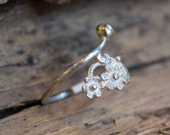 Dainty ring, minimalist ring, thin silver ring, simple ring, silver gold band, floral ring, two tone ring,delicate ring, flower - Two R2109